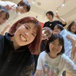アイドルらしい踊り方を研究!!