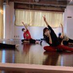 ニキが所属するK-POPボーイズグループでダンス!